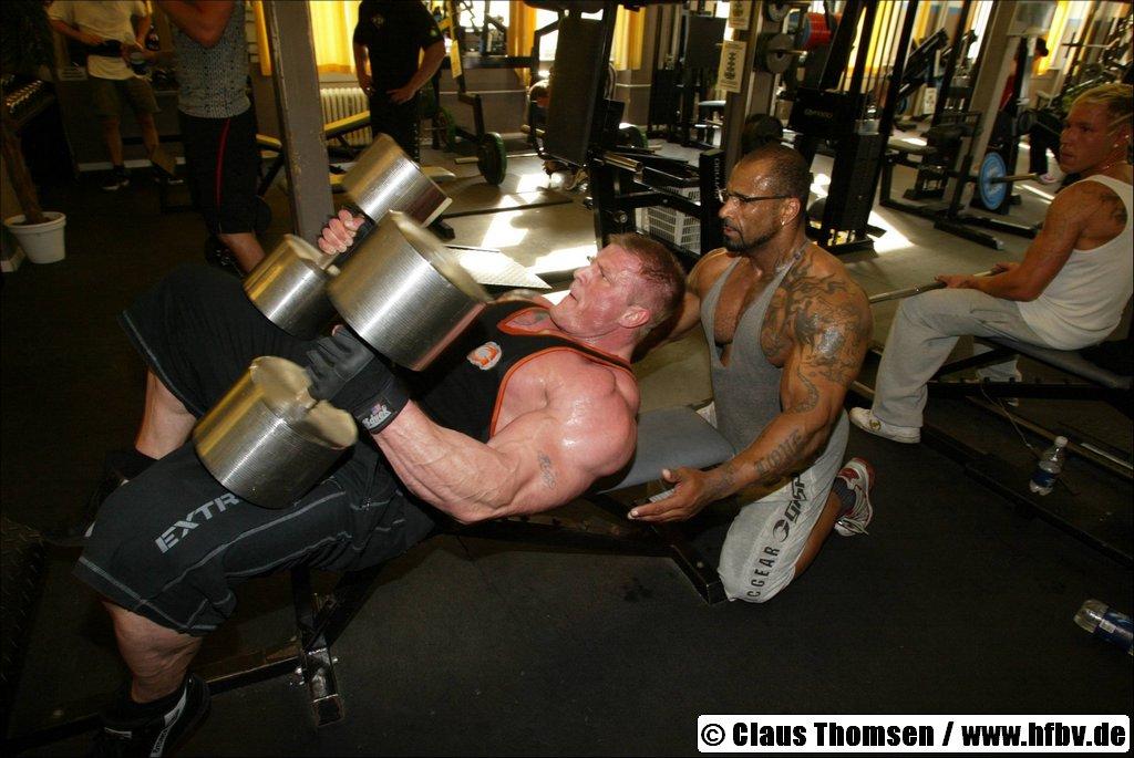 kim kold biceps